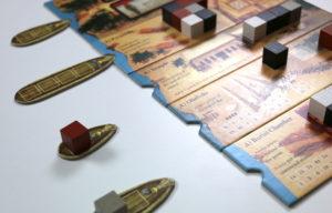 Cinq chantiers, mais seulement quatre bateaux. L'un des plateaux ne sera pas servi à chaque manche.