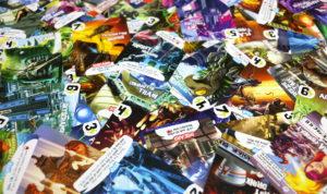 Les 66 cartes sont toutes différentes. Un joli boulot d'illustration.